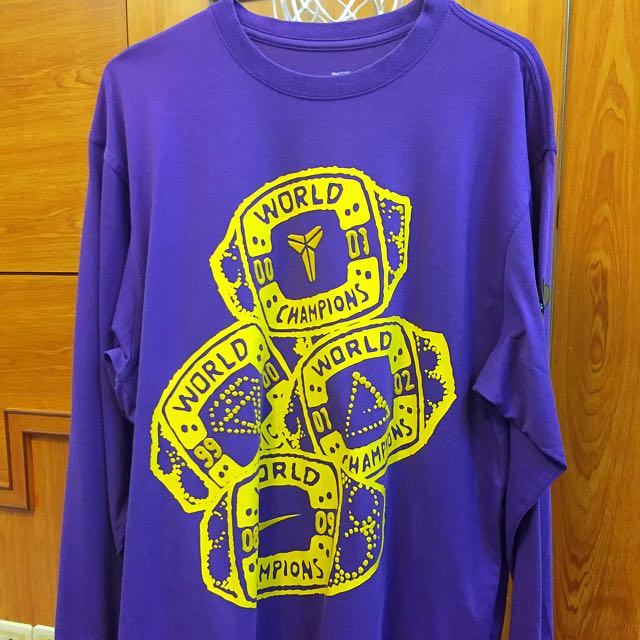 KOBE 4枚冠軍戒指紫色衛衣 NIKE