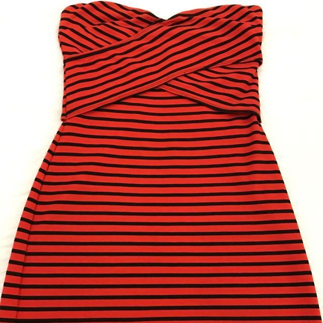Ladakh Strapless Dress Size M