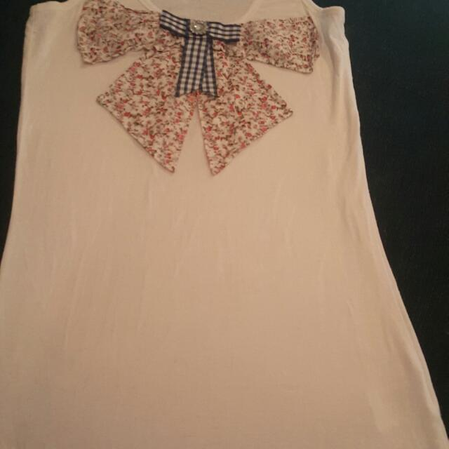 Ladies Size 12 Sadie Top. Beautiful!