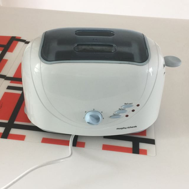 Morphy Richards Bread Toaster