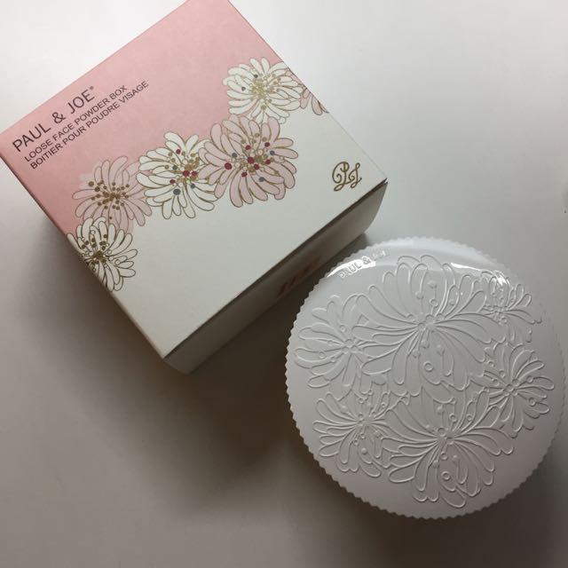 Paul&Joe 珍珠蜜粉盒+粉撲