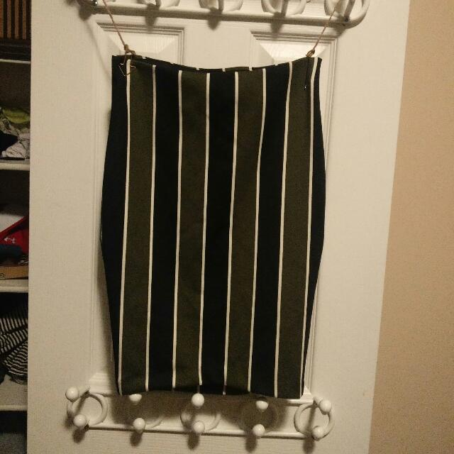 Pin-striped Highwaisted Pencil Skirt