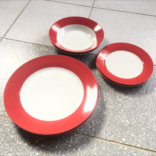 Plate set for 2