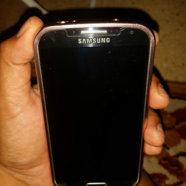 Samsung S4 big hp + charger
