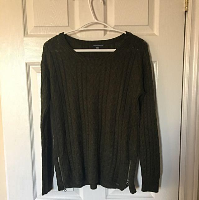 Sweater -American Eagle