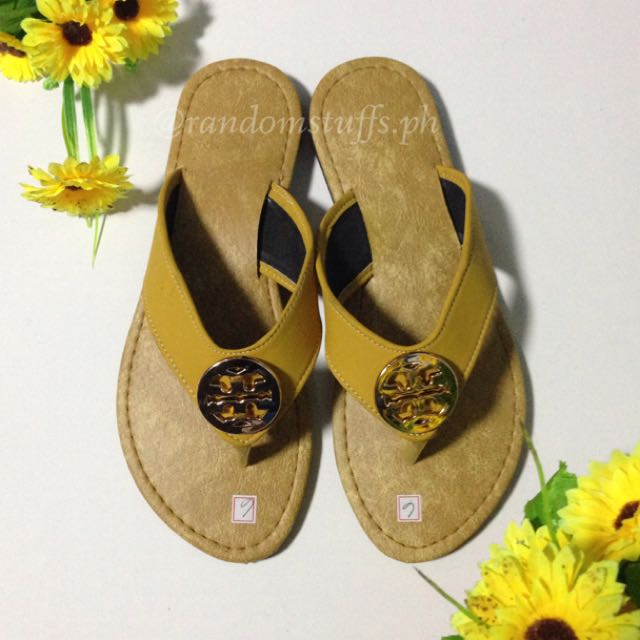 ToryBurch-inspired Slippers (size 6)
