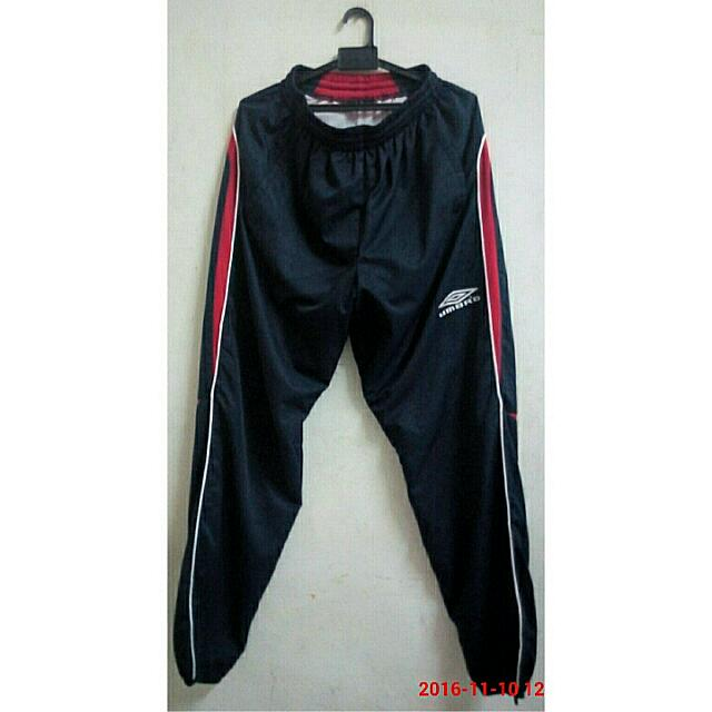 umbro track pants