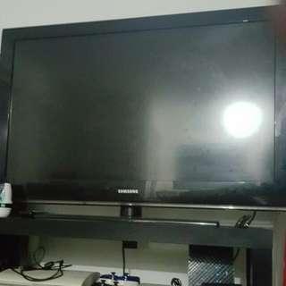 Samsung LCD Tv (40 Inch)