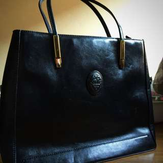Ottobre Black Leather bag