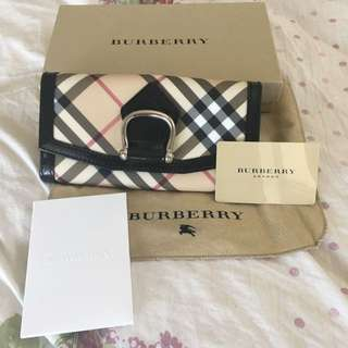 BRWT Authentic Burberry