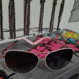 3個造型太陽眼鏡
