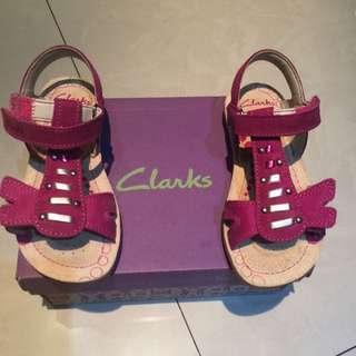 全新 Clanks 女童 涼鞋