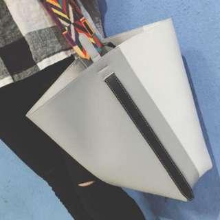 撞色超實用百搭水桶包!簡約大容量購物袋時尚單肩手提包女包~含運唷!!!