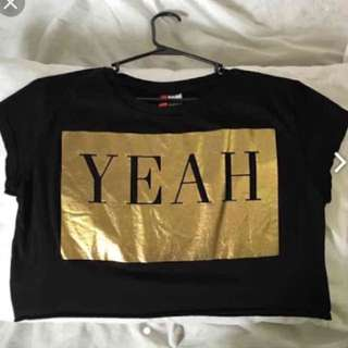 H&M YEAH BOXY CROP TOP