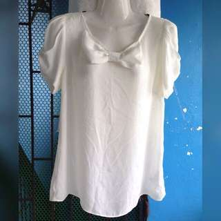 Forever21 White Bow Top