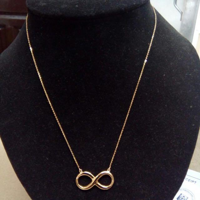 18k Italian Gold with Infinity pendant