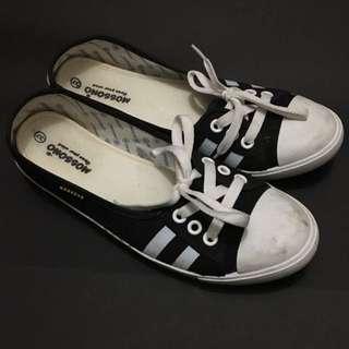 Sneaker Flats Size 37