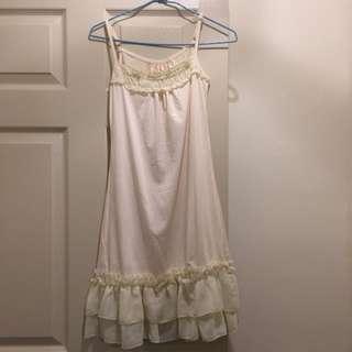 全白背心式洋裝