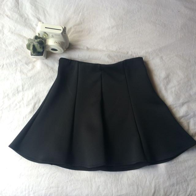 Bardòt Skirt • Size 8