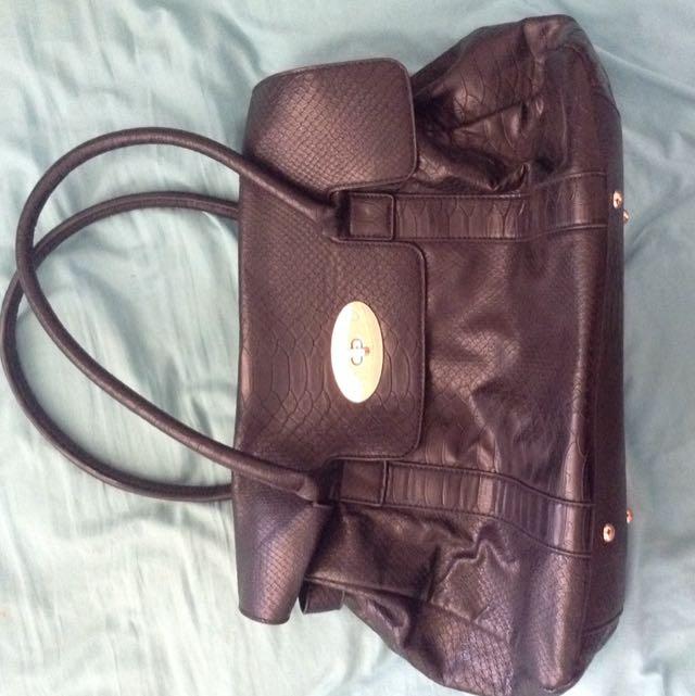 Black Snake Skin Pattern Hand Bag