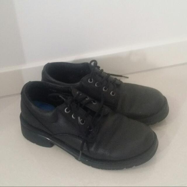 Colorado work Shoes Size 8