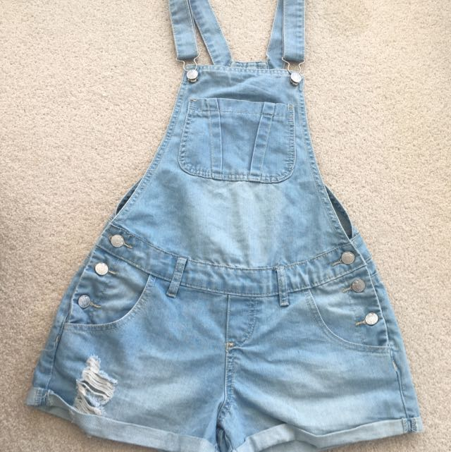 Size 6-8 Light Denim Overall Shorts/short Dungarees