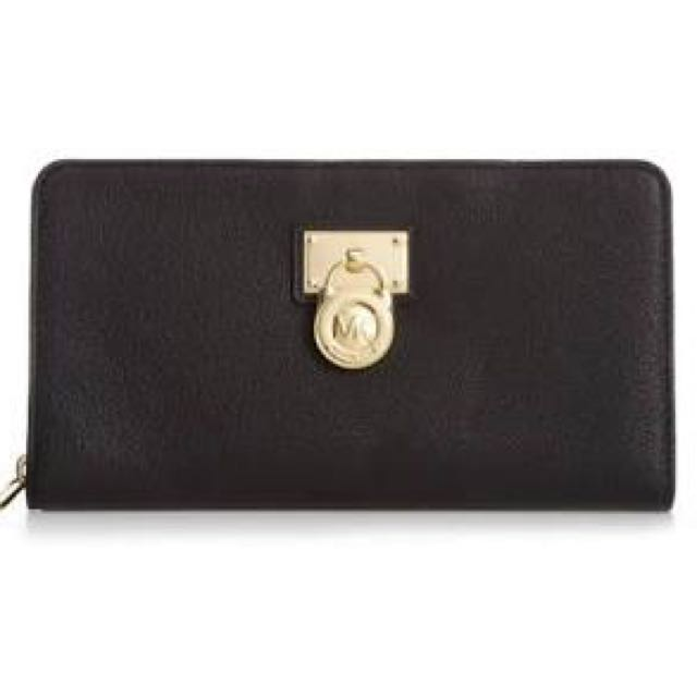 Michael Kors Hamilton Black Saffiano Leather Zip Wallet