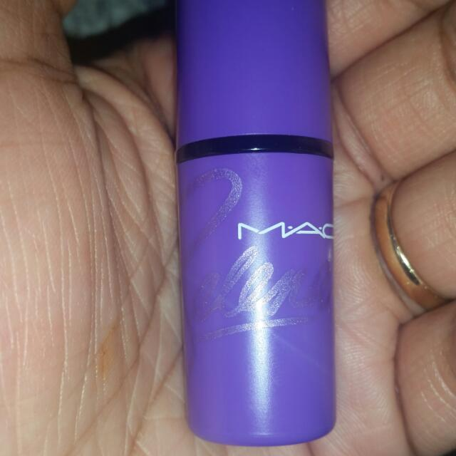 Selena Lipstick 100% Authentic In Como LA Flor