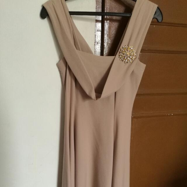 Semi-formal dress (Medium)