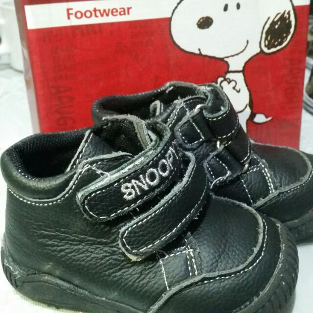 Snoopy Mid-cut Leather Baby Shoes