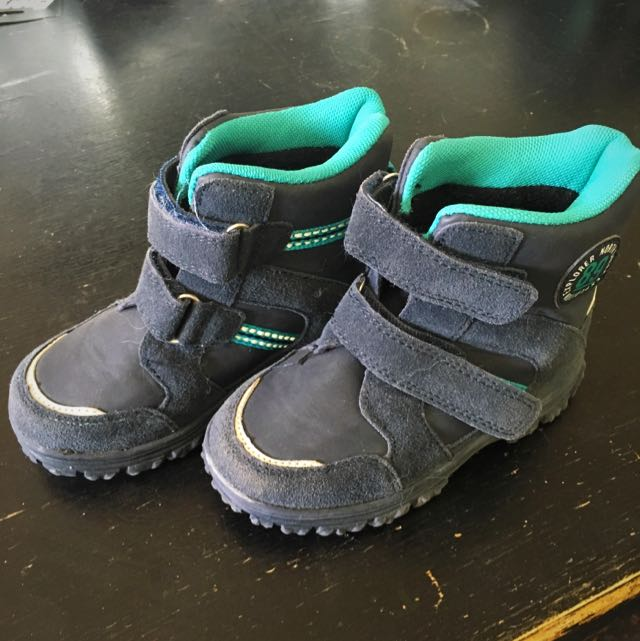 Toddler Snow Boots Size 9