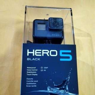 Go Pro Hero 5 Black bundle with 1 year warranty
