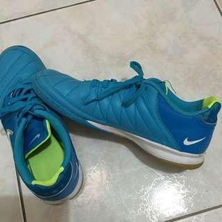 Authentic Nike Shoes Size 7.5uk