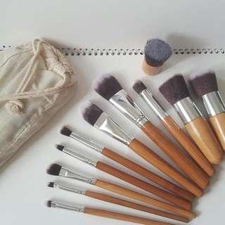 11pcs Bamboo Make-up Brush Set w/ Pouch