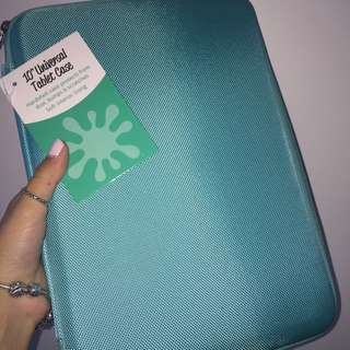 Brand new iPad/Tablet Hard Case