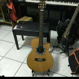 90 % New Acoustic Guitar