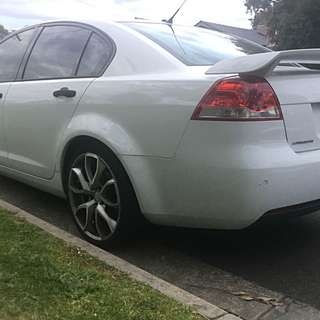2007 HOLDEN VE OMEGA (with SV6 Wing)