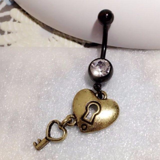 【17樓】316L醫療用鋼 防過敏 鋯石古銅愛心鎖匙鑰匙 肚臍環 肚皮舞 擴洞 體環