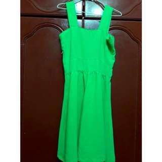 青綠色洋裝