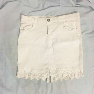 White Skirt With Lace
