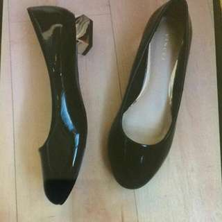 Vincci Black Shoes sz 37