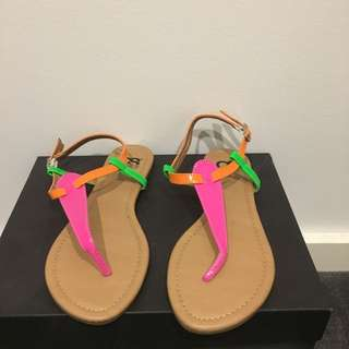 New Cassis Sandals Size 38