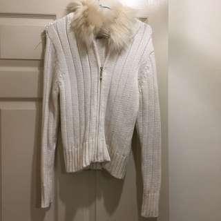 針織純白外套