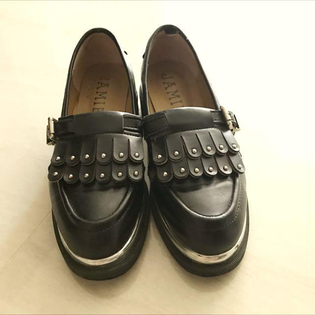黑色福樂跟鞋