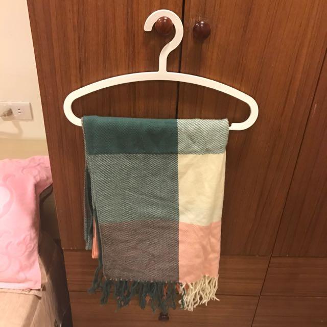 天冷了~好搭圍巾