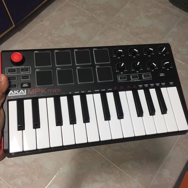 AKAI MPK Mini MKII/Mk2, Music & Media, Music Instruments on