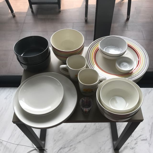 Assorted Dining Plates Etc 1 Price Take All