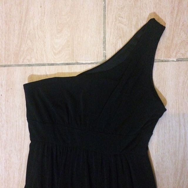 Black One-Shoulder Cocktail Dress