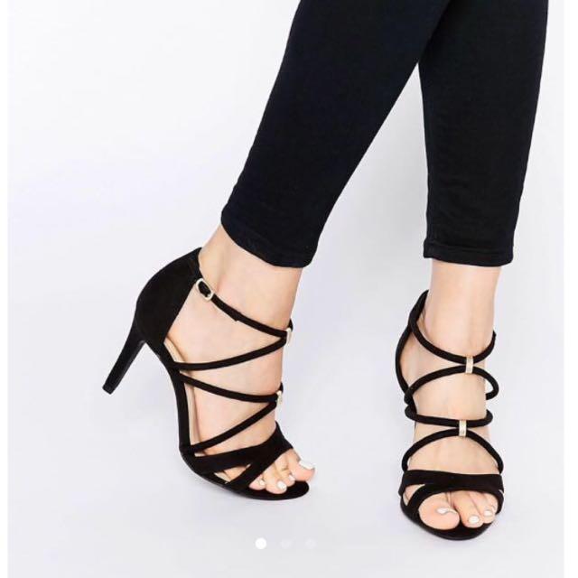 look Wide Feet Strappy Heels