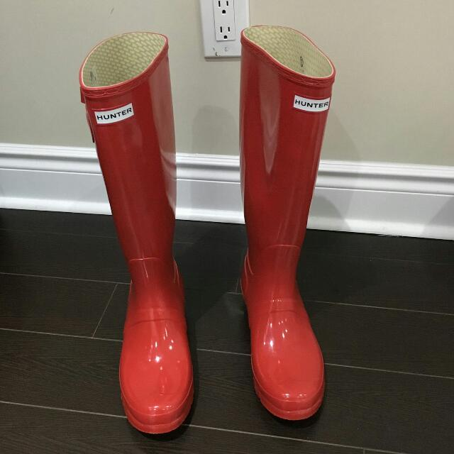 Brand New Women's Red Hunter Boots Size 8